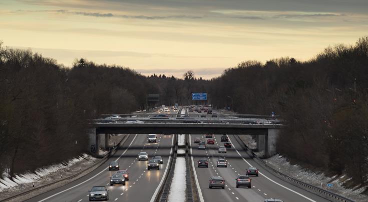 ΔΕΕ: Δυσμενής διάκριση το ειδικό σήμα τελών των γερμανικών αυτοκινητοδρόμων