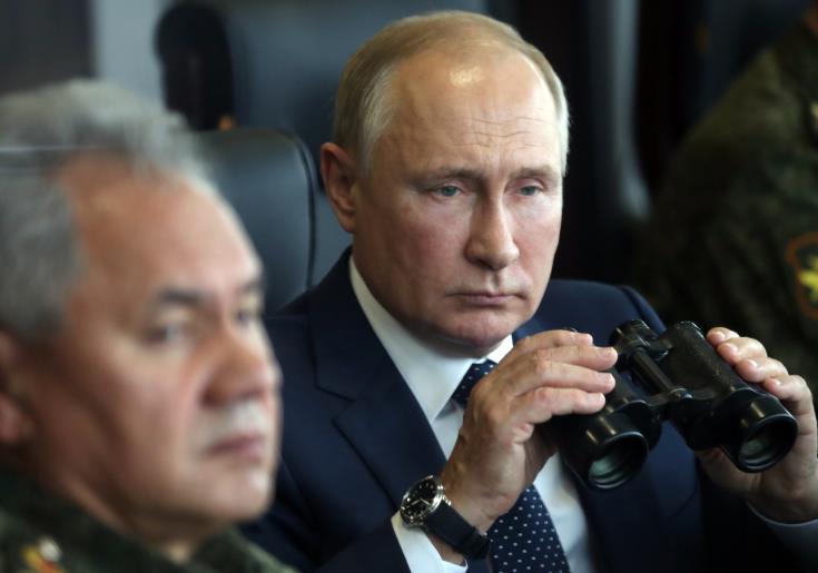 Πούτιν: Aυξήσεις μισθών σε αστυνομικούς και στρατιωτικούς