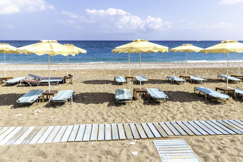 Τουριστική σεζόν μόνο εάν πρασινίσει η Κύπρος